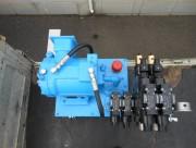 出力を上げるために油圧ユニットを改良